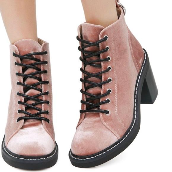Dolce Vita Shoes | Lynx Velvet Combat